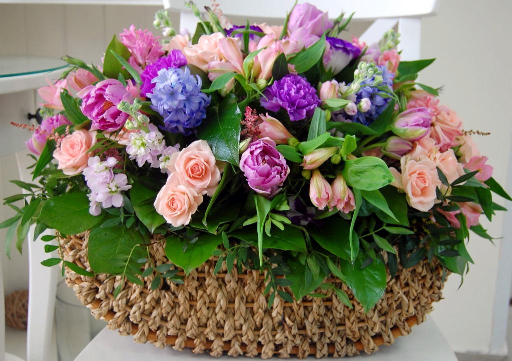 какие цветы можно дарить